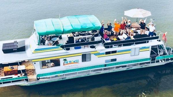 Sumerset 14' x 60' Houseboat