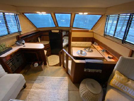 Sea Ray 415 Aft Cabin image