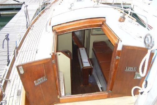 Sovereign 32 image