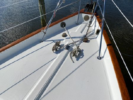 Pacific Seacraft Crealock image