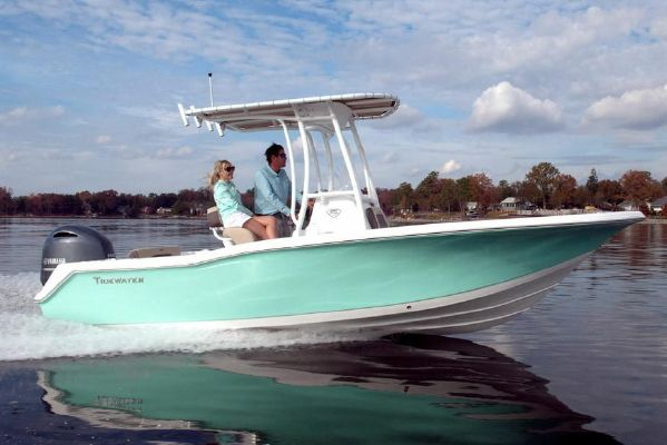 Tidewater 210 CC Adventure - main image