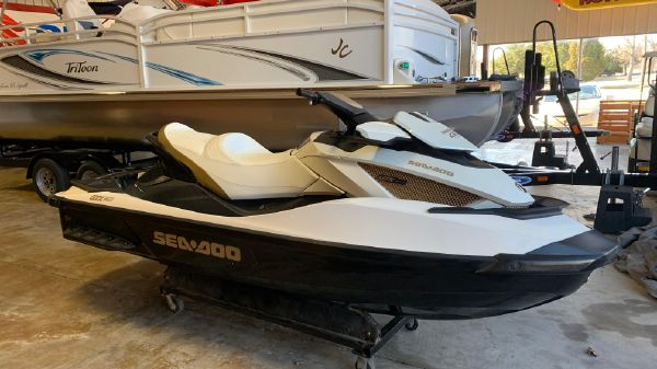 Sea-Doo GTX Limited IS Supercharged 260