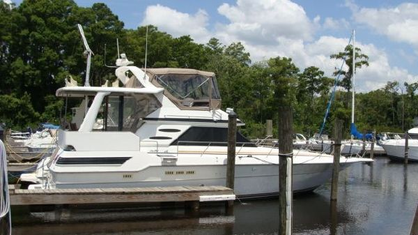 Sea Ray 440 Aft Cabin Profile
