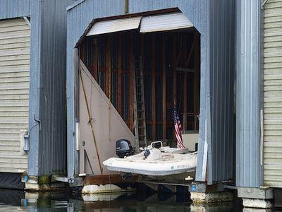 1985 Custom<span>Boathouse</span>