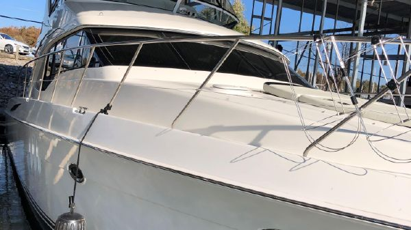 Ovation 52' Flybridge