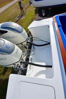 Maverick Yachts 32 Custom Carolina Picnic Boat image