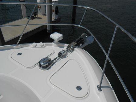 Sea Ray L650 Fly image