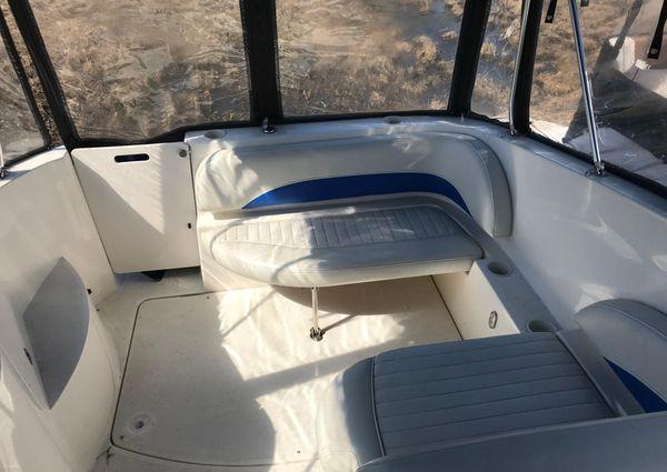 Bayliner 265 Cruiser image
