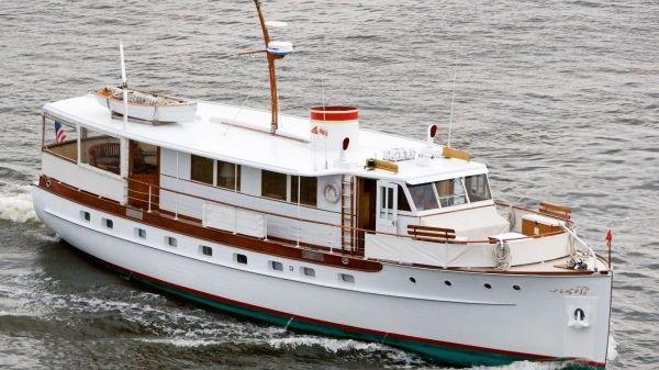 Trumpy Classic Motoryacht Photo 1
