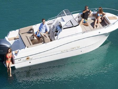 Pacific Craft 750 Open image