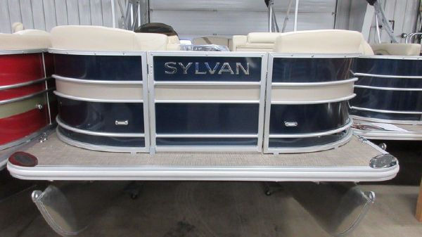 Sylvan Mirage 8520 Cruise