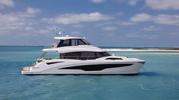 Aquila 70 Luxury
