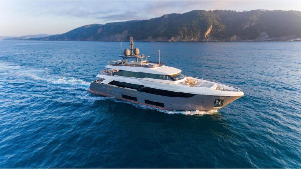 Ferretti Yachts Navetta 33
