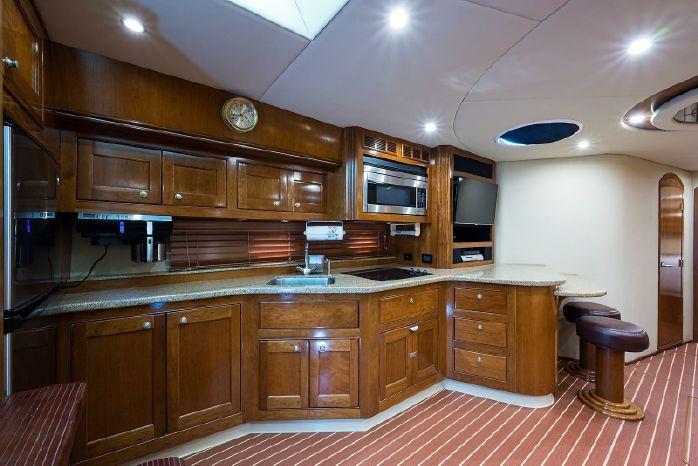 2004 Cruisers Yachts For Sale Rhode Island