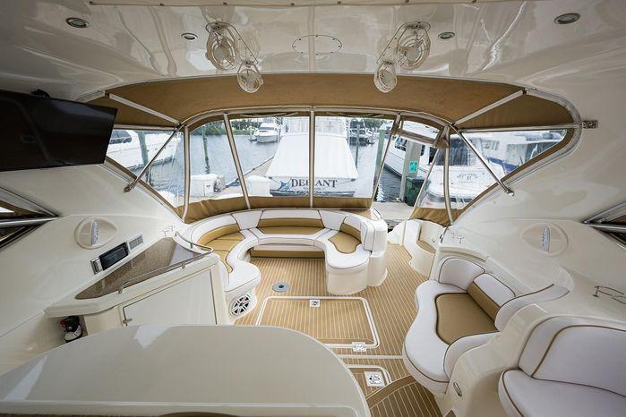 2004 Cruisers Yachts Brokerage New England