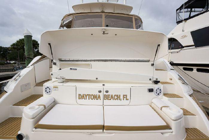 2004 Cruisers Yachts BoatsalesListing Connecticut