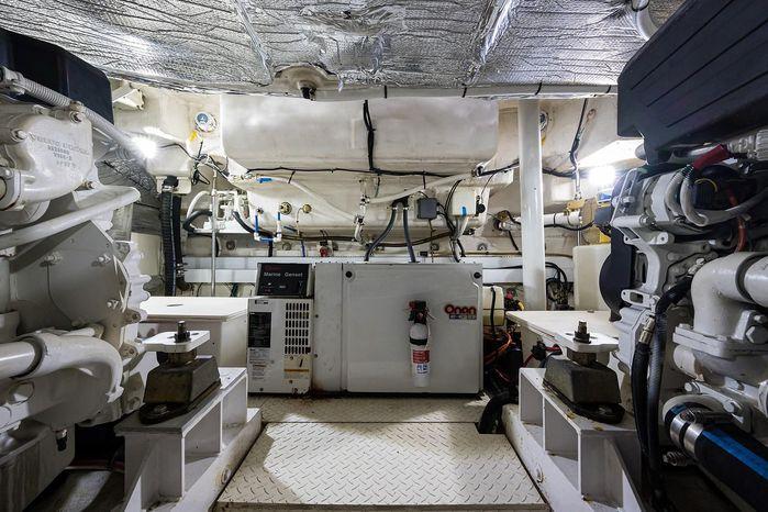 2004 Cruisers Yachts Buy BoatsalesListing