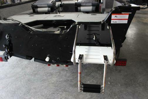 Lowe FM167S image