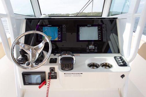 NauticStar 32 XS Offshore image