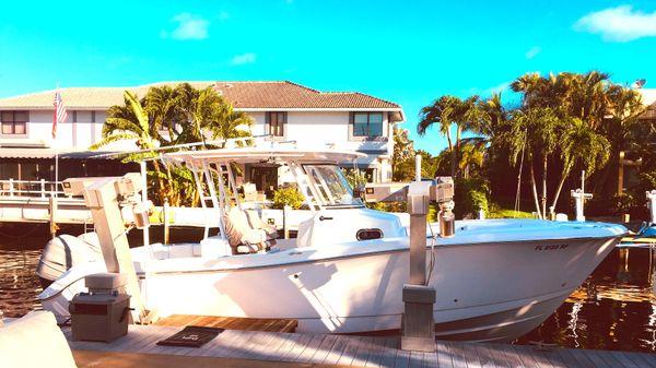 Edgewater Power Boats 280CC