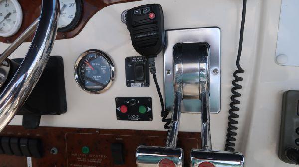 Silverton 392 Motor Yacht image