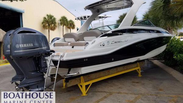 Crownline E29 XS Florida Boat