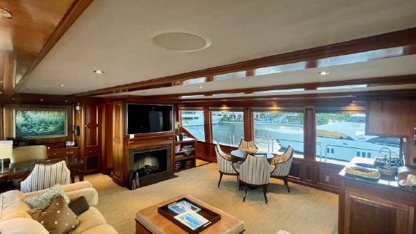 Westport 130 Tri Deck image