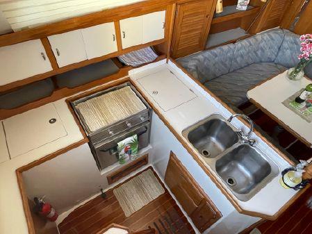 Catalina 36 image