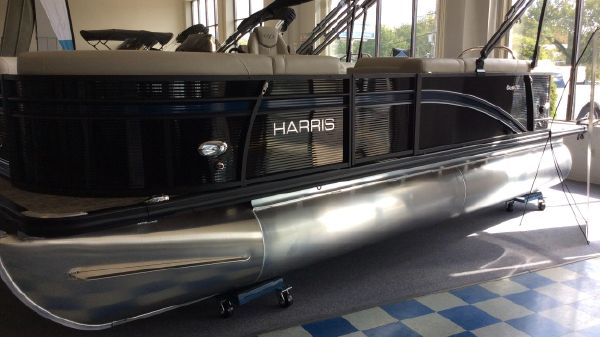 Harris FloteBote Cruiser 210