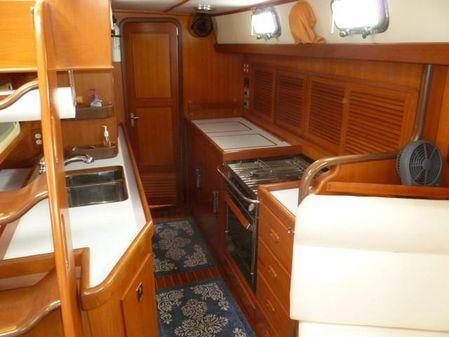 Tayana Center Cockpit Cutter image