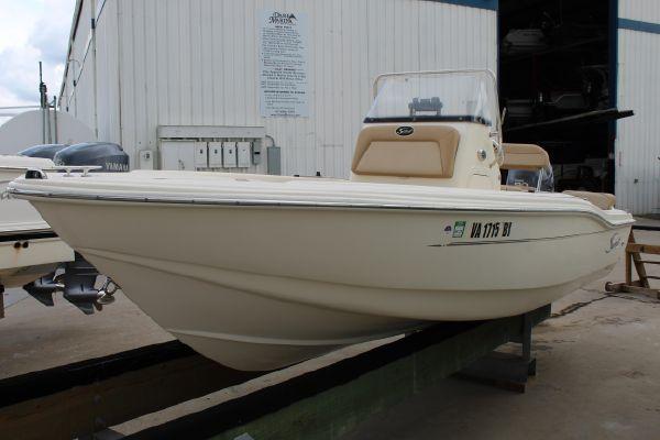 Scout 175 Sportfish - main image