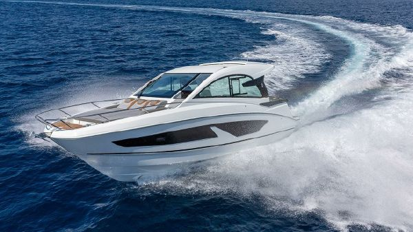 Beneteau Gran Turismo 32 (Outboard)