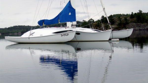 Custom Newick Creative Trimaran