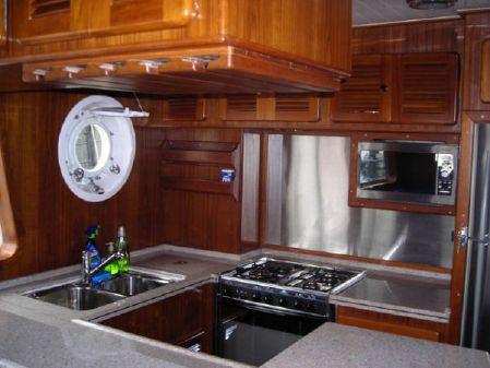 Seahorse Diesel Duck Steel PH Sedan image