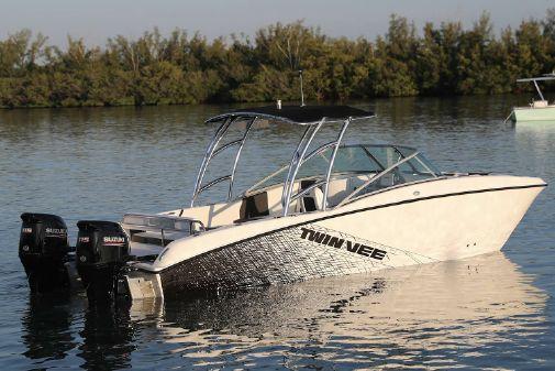 Twin Vee 240 DC SE-X image