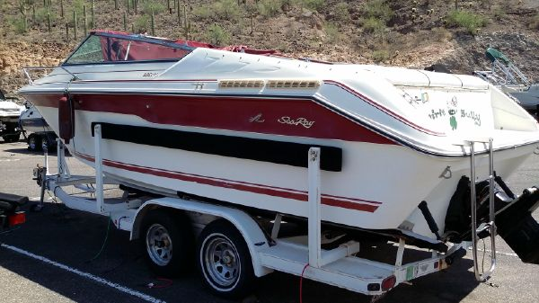 Sea Ray Overnighter