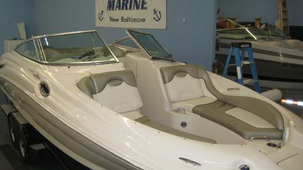 Sea Ray 270 SEA RAY SUNDECK