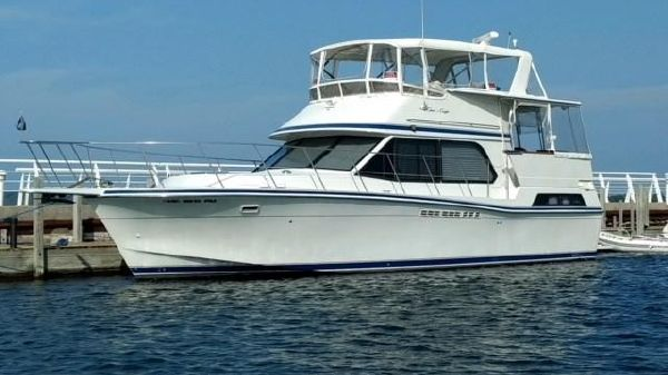Chris-Craft 427 Motor Yacht
