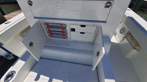 SeaVee 370z image