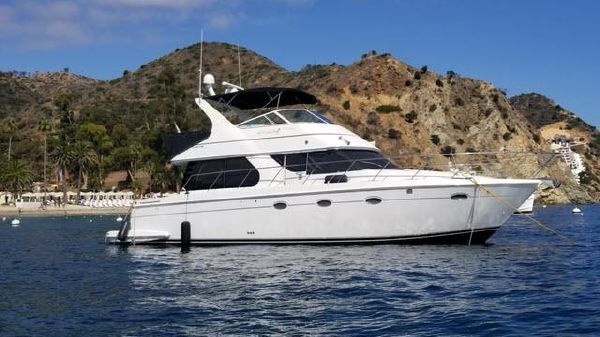 Carver Voyager Pilothouse 450