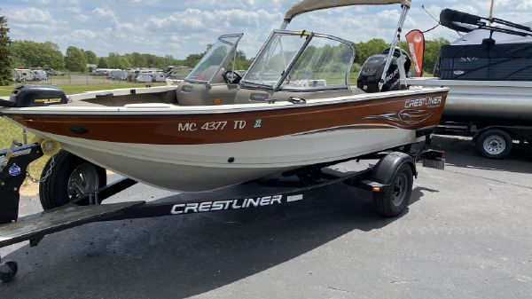 Crestliner Sport Fishing
