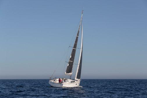 Beneteau Oceanis 38.1 image