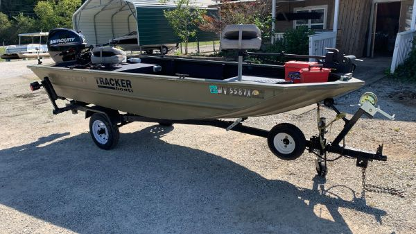 Tracker Grizzly 1448