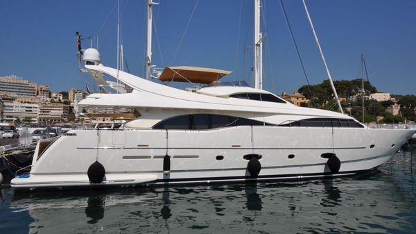 Ferretti Custom Line 94 Ferretti Yachts 94S Custom Line