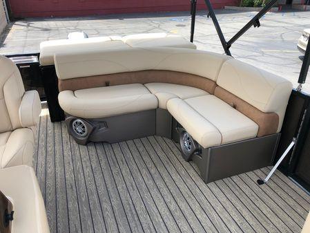 Avalon 2085 LSZ Cruise image