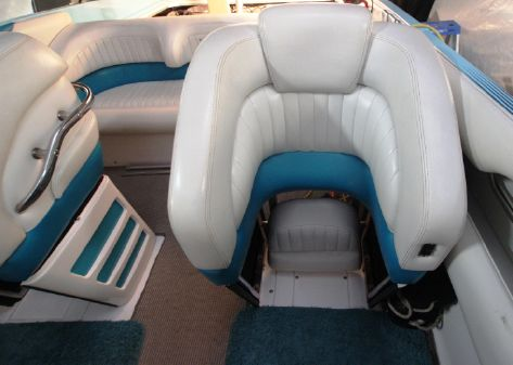 Wellcraft Scarab 38 image
