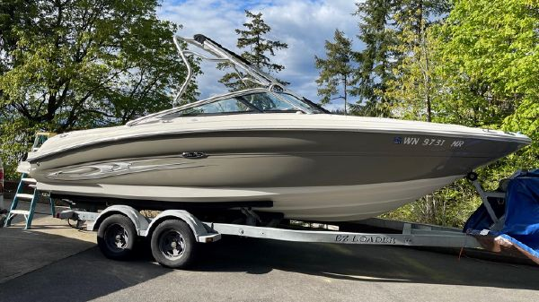 Sea Ray 240 Select