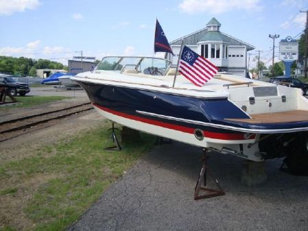 Chris-Craft Launch 27 image