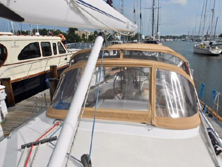 Oyster 53 Deck Saloon image