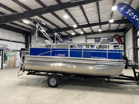 Lowe Ultra 162 Fish & Cruise image